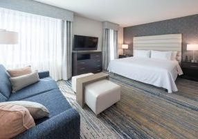 Suites two windows - Copy